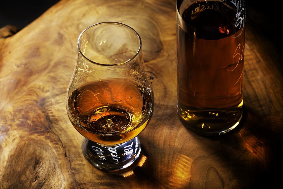 L'appréciation d'un whisky dépend-t-il du type de verre?