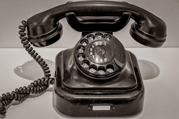 Le téléphone garagiste, un accessoire dmettant de contact parmanent le garage et sa clientèle